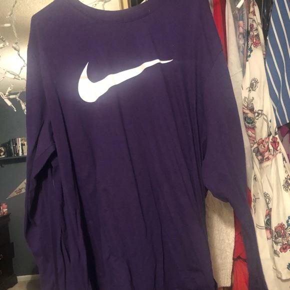 Nike Tops - LONG SLEEVE PURPLE NIKE SHIRT